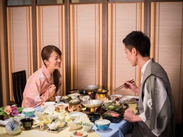 【レストラン四季】