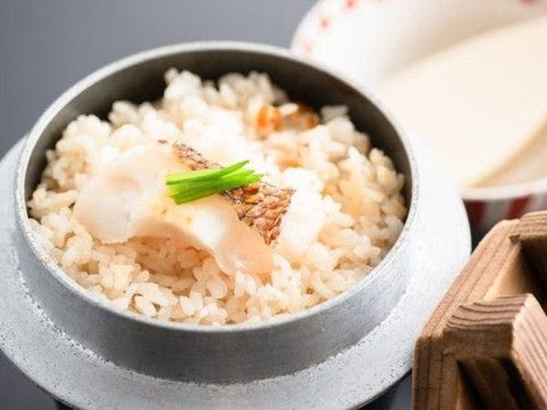 愛媛県郷土料理 鯛釜飯
