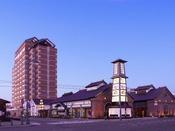 【外観】函館ベイ美食倶楽部と隣接しております。
