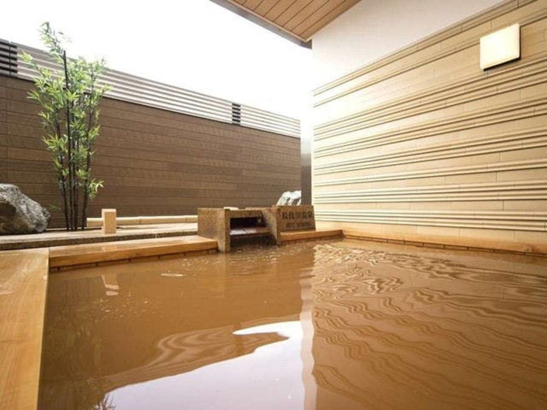 大浴場「長良川温泉」2013年リニューアルの長良川温泉露天風呂