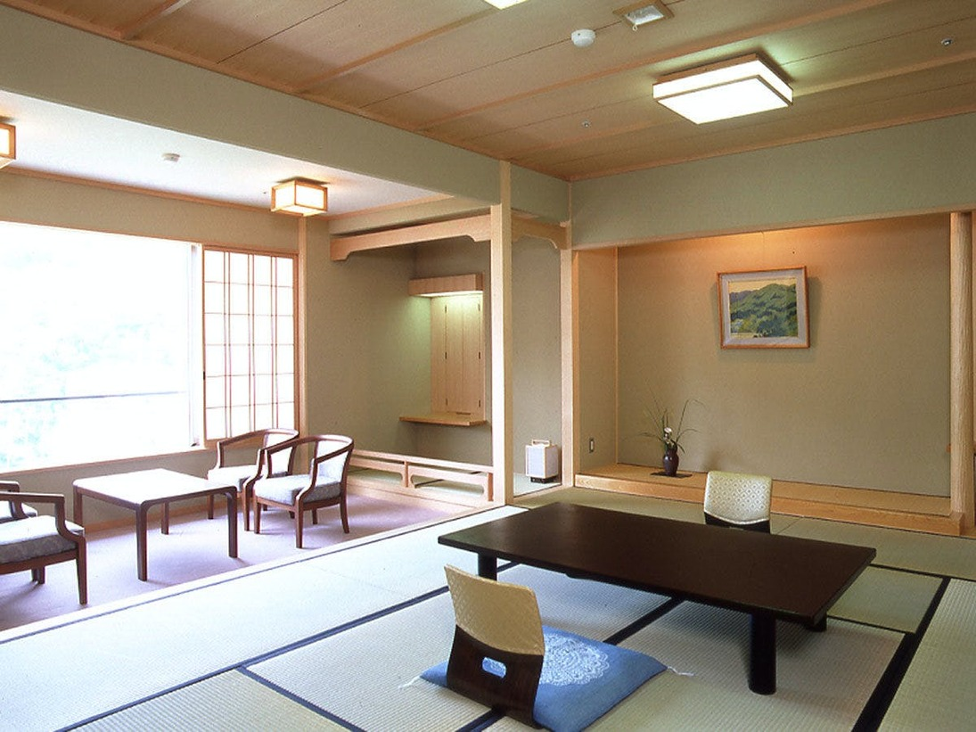スタンダードな南館客室◆居心地のよいスタンダードな和室です。
