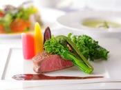 信州の食材を用いた本格的なフランス料理を堪能