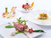 特選ディナー~贅沢な食材と信州地場産の食材を随所に使用し、彩りも鮮やかな当ホテルレストランの最上級コース。