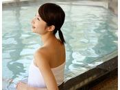 美肌温泉を源泉かけ流しのまま堪能することができます