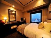 【シングル/15平米】ビジネス・一人旅に最適。大きめのベッドでごゆっくりお寛ぎ下さい。
