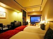 【和洋室/33平米】ベッド幅:1200mm×2050mm 2台/落ち着いた雰囲気の客室