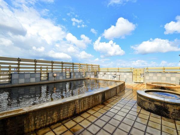 14階「天然温泉サウナ片町」露天風呂
