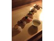 和食処では、調理長が厳選した旬の食材を提供しております