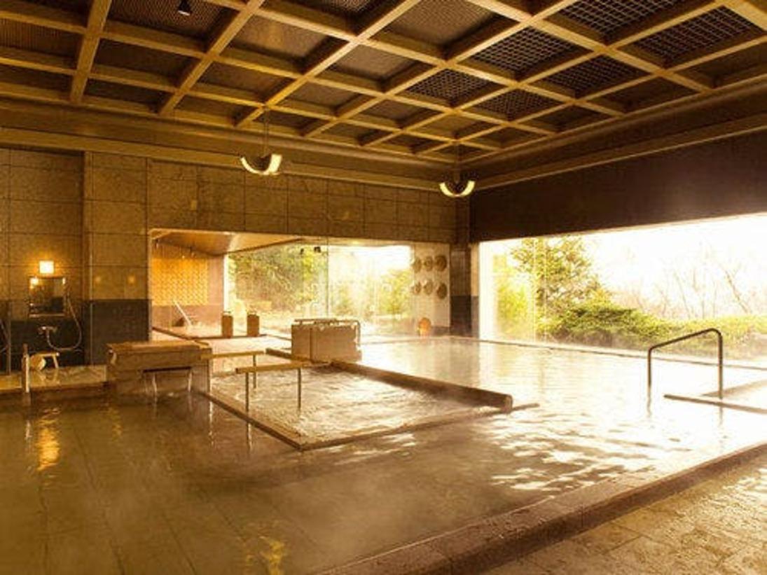 一の湯◆眺望が素晴らしい和風のお風呂です。