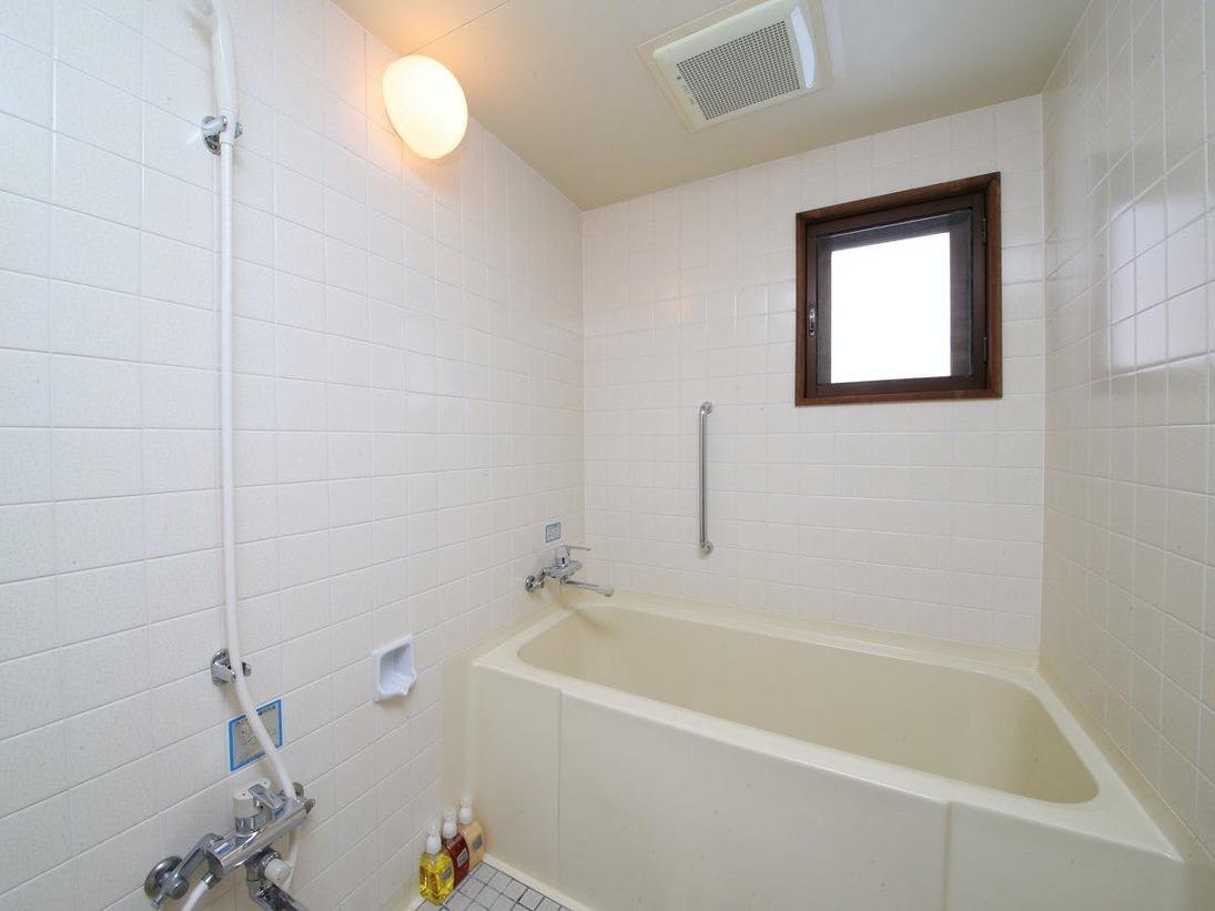 【森と清流の離れコテージ】バスルーム