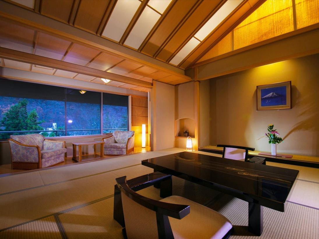 ■特別室■ 特別室の寝室はすべて「角部屋」。静かな夜をお過ごしいただけます