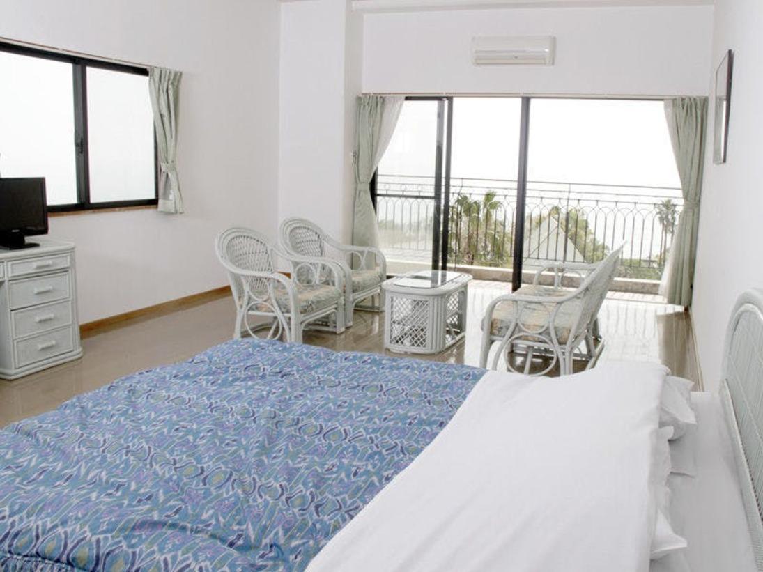 本館4階(最上階)に位置するスタンダードタイプのダブル。40平米(約24畳)のゆったりお寛ぎいただけるお部屋です。(禁煙室のみ)