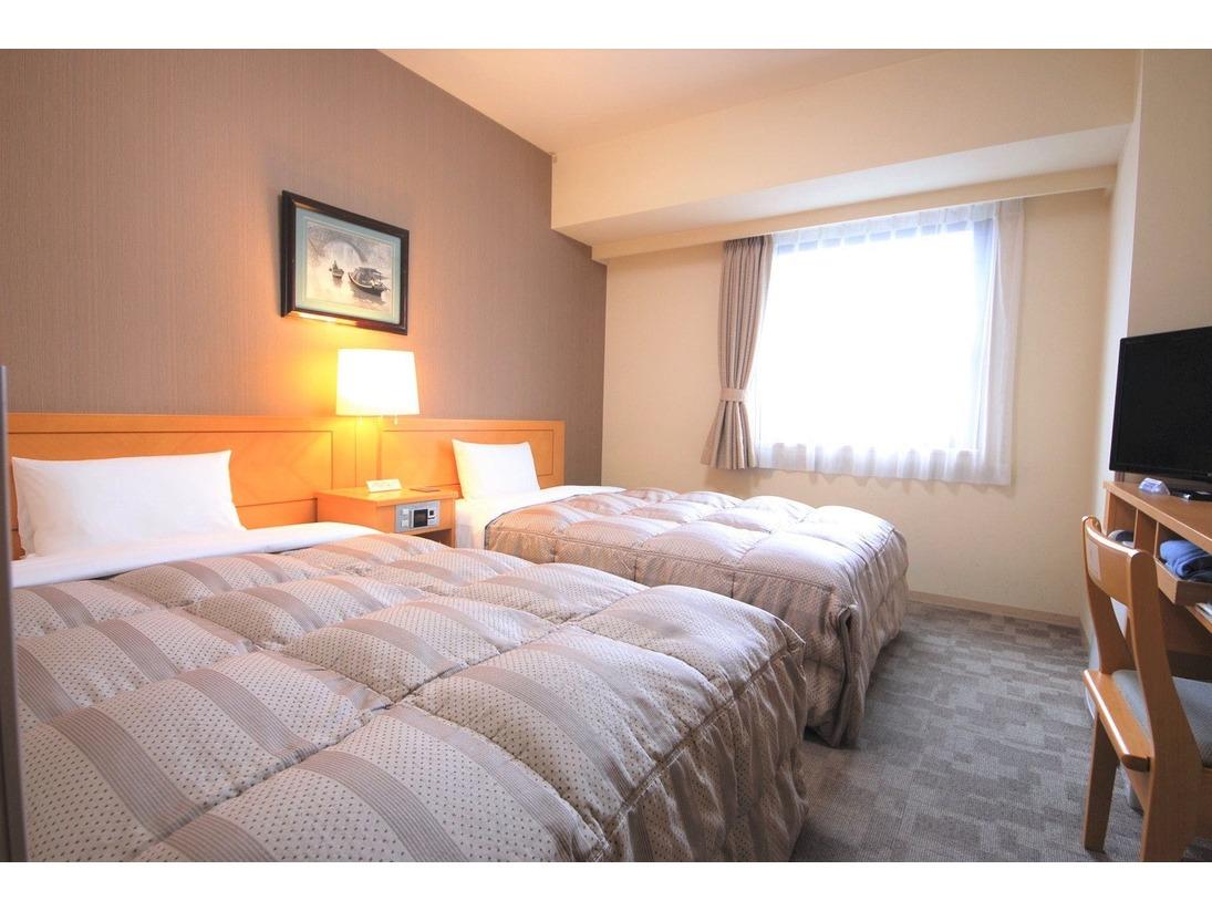 【ツインルーム/14平米】◆120センチ幅ベッド ◆テンピュールマット使用 ◆Wi-Fi完備 ◆有線LAN ◆加湿機能付空気清浄機