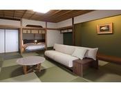 広々とした和室とベッドルームのある和洋室タイプのお部屋。