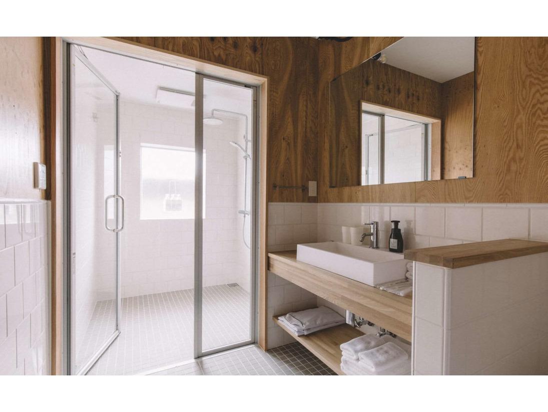 バスルーム 浴室乾燥機完備