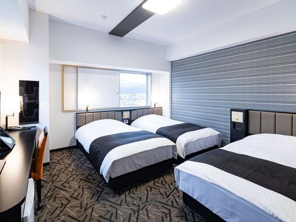 広さ23平米・ベッド幅110cm×3台