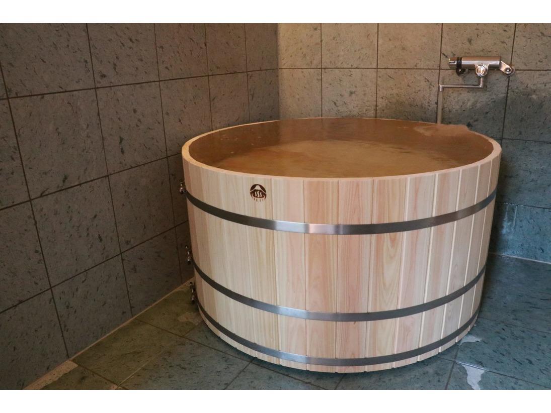 5名様タイプひのき造樽風呂