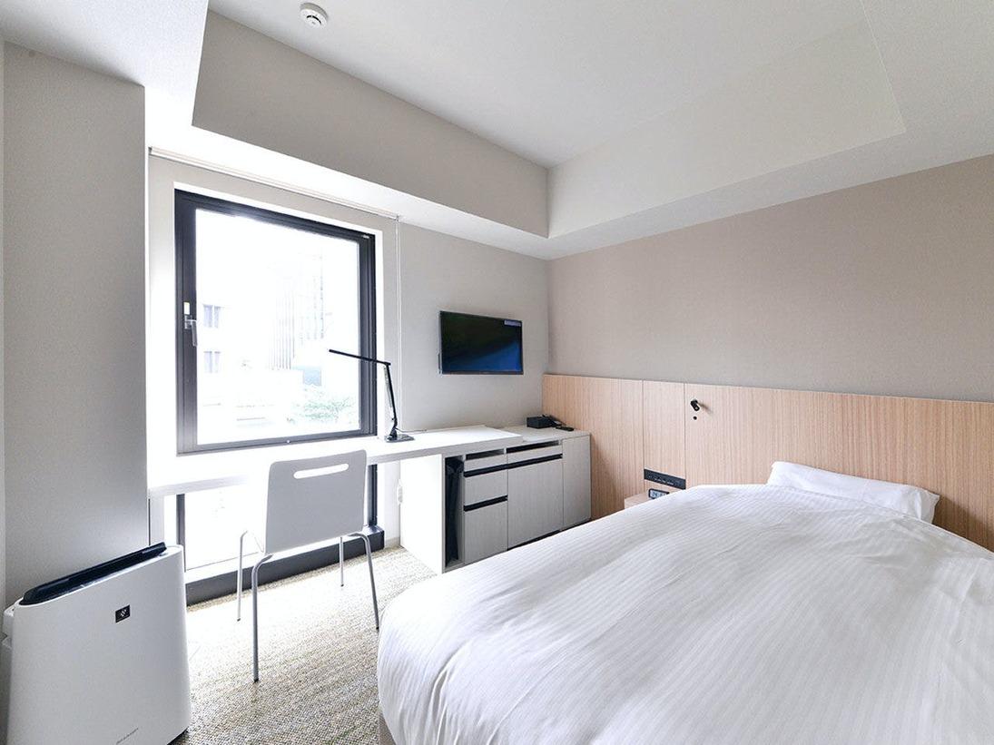 広々としたデスクと充実の設備を備えた、ビジネスにお勧めの16平米のお部屋です。