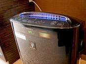 スタイリッシュルームと特別フロア【BLANC】には全室にプラズマクラスター加湿空気清浄機を設置しております。
