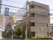 広島市まちづくり市民交流プラザ(ホテルから徒歩約3分)