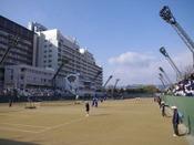 広島市中央庭球場(ホテルから徒歩約15分)