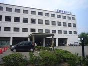 上野学園ホール(ホテルから車で約10分、アストラムライン本通り駅から約7分)