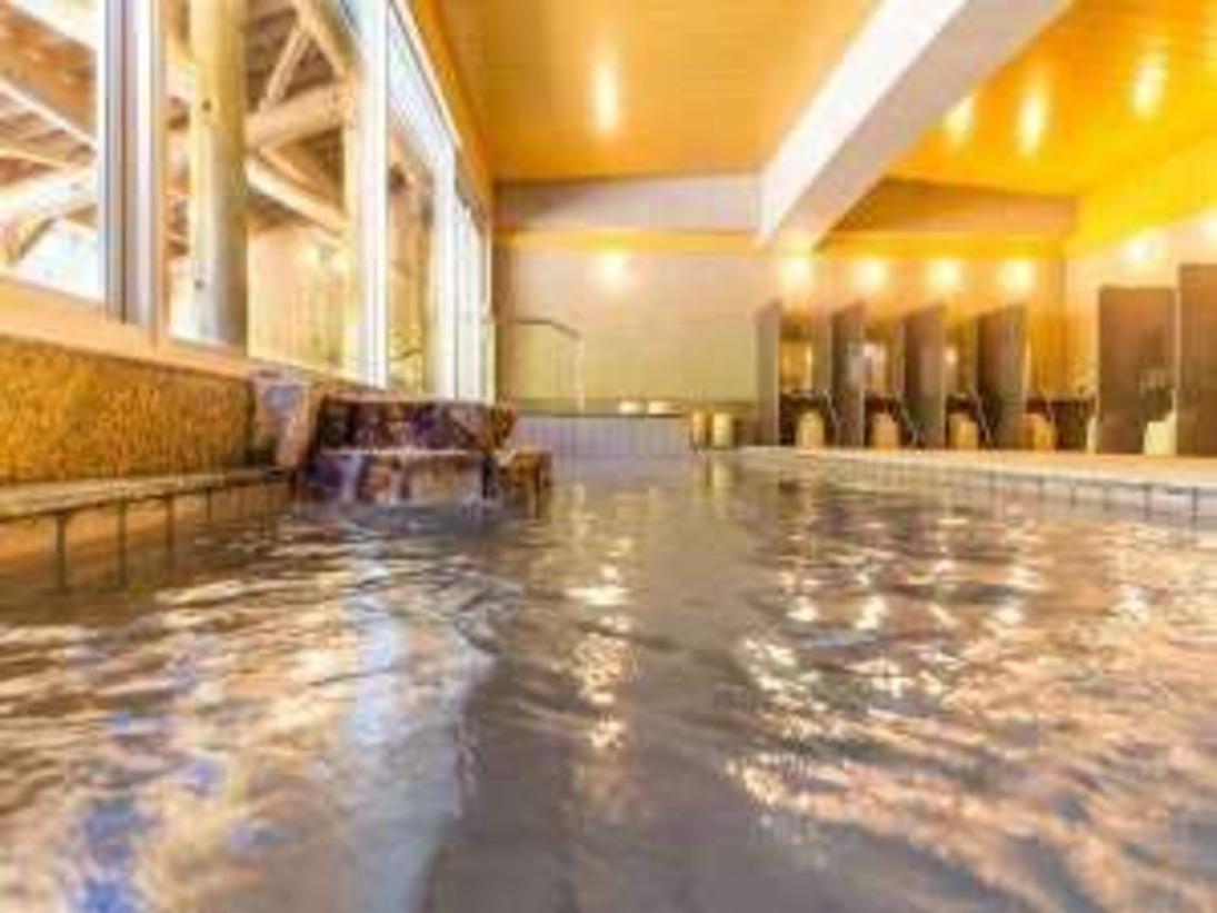 源泉掛け流しの大浴場ナノミストサウナも常設してます