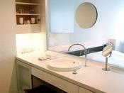 客室最上階特別フロア【BLANC】洗面スペース