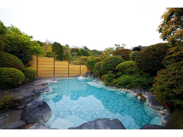 岡本屋人気の露天風呂温泉