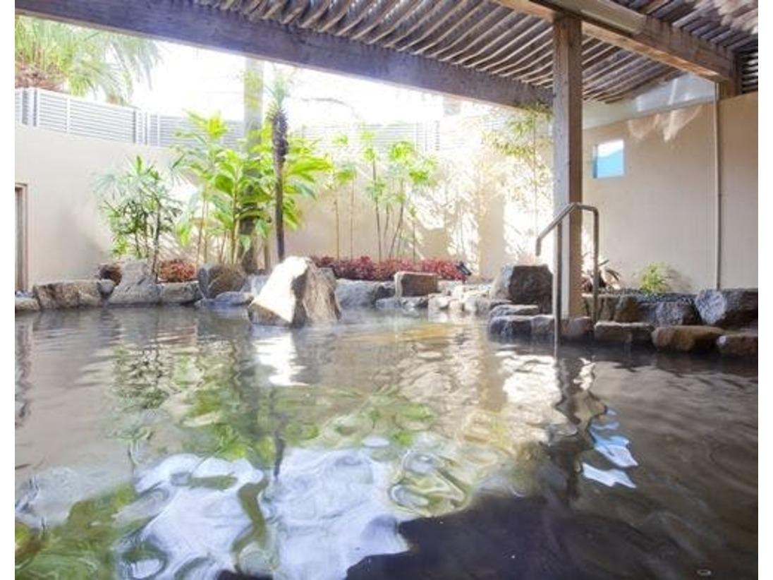 宮崎市内中心部で露天風呂を満喫