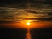 刻一刻と表情を変える、当館からの夕日絶景