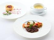 *【ご夕食 基本清里コース一例】季節の野菜やハーブを使った彩り豊かなお料理をご用意いたします。
