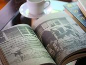 *【本 一例】館内には、清里の歴史にまつわる本など、いっくつかご用意させていただいております。