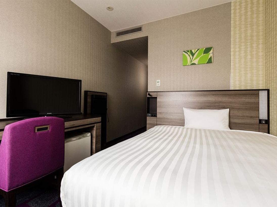 【客室】シングルルーム・部屋広さ…16m2・宿泊人数…1~2名・ベッド幅…140cm
