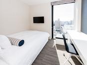 モデレートダブル 16平米 ダブルベッド(幅140センチ)×1台 6階~19階