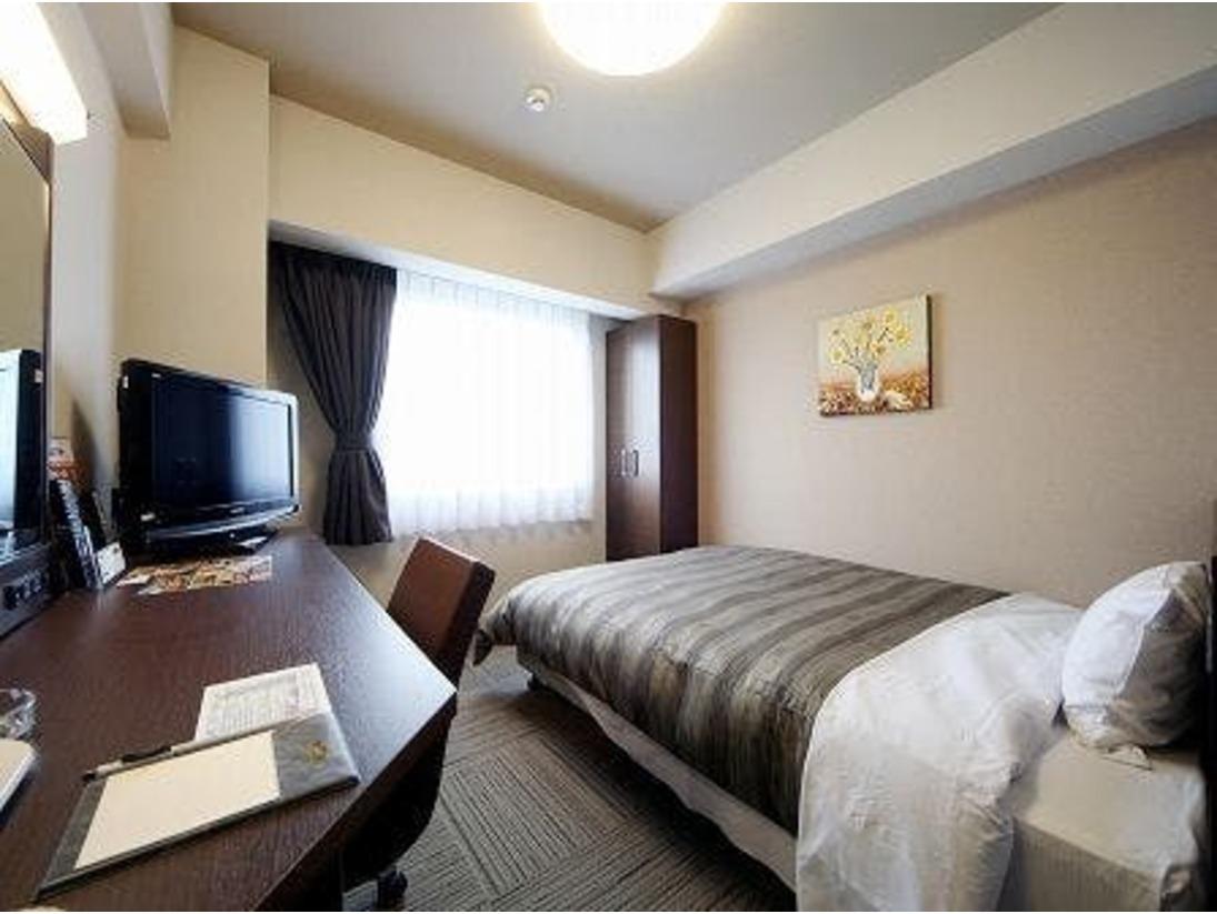 シングルルーム ベッドサイズ140×196(cm)