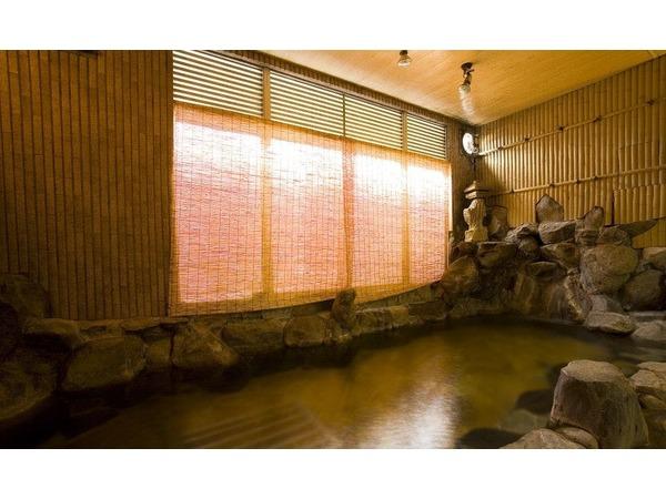 岩造りの貸切風呂『安心湯』