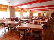 メインタワー4F「中国料理バイキング 孫悟空」中国料理をバイキングスタイルでお楽しみいただけます。前菜、炒め料理、煮込み料理、点心、デザートまでバラエティー豊かな料理の数々をご賞味ください。