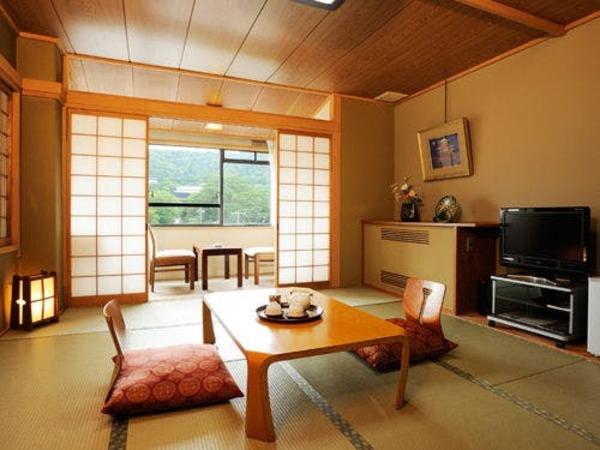 東山10帖和室一例