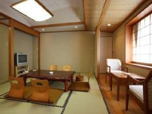 8畳の和室の一例です。