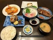 *【和食膳全体一例】江崎だからこそ!美味しい海の幸を中心とした和食膳をお楽しみください