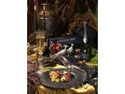 高級フランス料理「トゥールダルジャン 東京」 400年の歴史の中で育んだ、フランス料理の真髄を最高級のおもてなしで。17:30-20:30(月曜定休) ザ・メイン ロビィ階