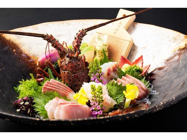 伊勢海老など旬魚のお造り(一例)