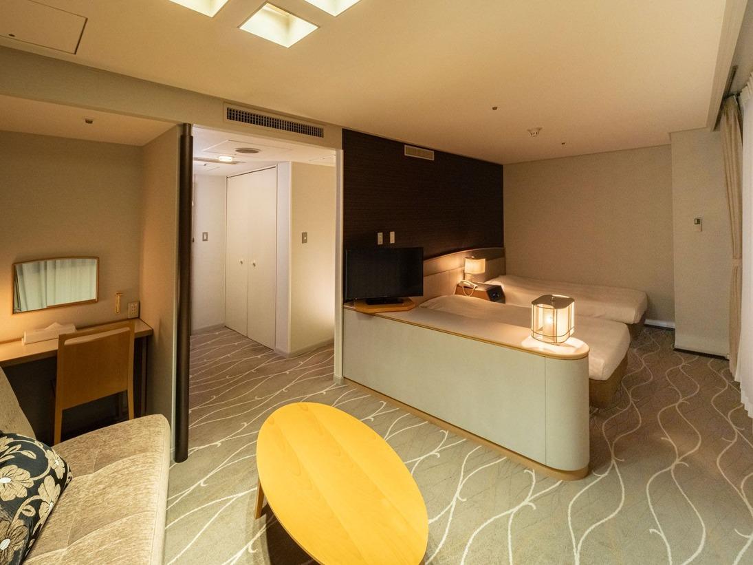 【DXツインルームA】ツインルームより広めでゆったりとお寛ぎいただけるお部屋タイプです。(最大4名様まで)