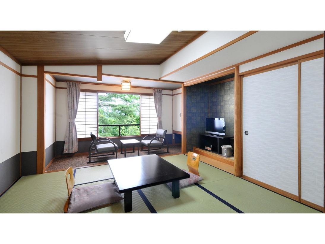 和室8畳の客室。(2~4名利用)