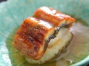 【夏の匠膳】煮物:鰻の飯蒸し 太胡瓜 針インゲン 粉山椒