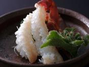 【活蟹会席】割鮮:本津合蟹洗い -とろけるような食感と甘みが口いっぱいに。-