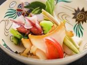 【春の匠膳】強肴:蛍烏賊と蒸し鮑 酢味噌
