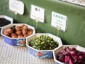 <朝食バイキング>お漬物各種。広島菜も人気です。