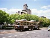 広島の市電。のどかな風景。
